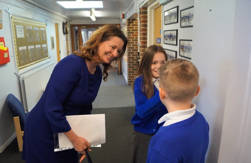 Gillian meeting students at Tangmere Primary